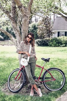 North Carolina with Burt's Bees (VivaLuxury) Fashion 2020, Look Fashion, Fashion Outfits, Womens Fashion, Olive Skinnies, Fall Outfits, Cute Outfits, Viva Luxury, Cycle Chic