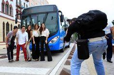 El martes 22 de octubre a las 8:00 a.m., la terminal Andrés Sanín de Aguablanca, se vestirá de moda, con la presencia de 10 hermosas modelos caleñas que darán apertura a la semana de Caliexposhow, exhibiendo propuestas de moda de tres diseñadores vallecaucanos en la Alfombra Azul del MIO.