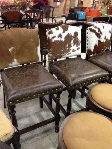 Cowhide and leather bar stools themarriedappetite.com