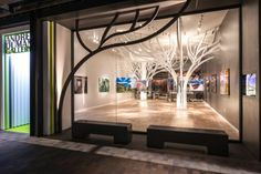 The Andrei Duman Gallery in Woodland Hills, CA redefines and explores the typology of the photographic show gallery on various fronts.