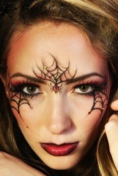 We are giving you some Easy Halloween face painting ideas for adults so you can try it once at home before going for a Halloween party.The face painting giv Yeux Halloween, Looks Halloween, Halloween Eye Makeup, Halloween Halloween, Spider Halloween Costume, Spider Web Makeup, Spider Witch Makeup, Face Painting Designs, Fantasy Makeup