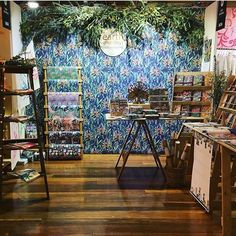 Who knew a stall could look so gorgeous! Well done 😍👌🏽✨ We love displays! Melbourne Markets, Stall Display, Market Stalls, Display Design, Creative Business, Pretty Little, Stationary, Eco Friendly, Earth