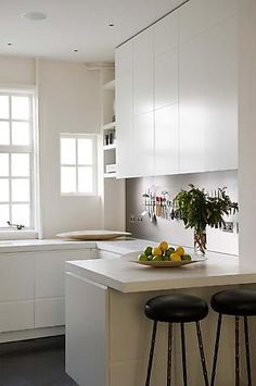 clean and simple.  love the small window...Rose Uniacke - Interiors - London Apartment W1