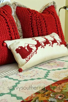 those red pillows! Savvy Southern Style: Traditional Red and Green Guest Room idea for Santa in sleigh Christmas Cushions, Christmas Pillow, All Things Christmas, Winter Christmas, Christmas Home, Christmas Wreaths, Christmas Crafts, Christmas Decorations, Christmas Ornaments