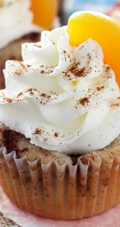 Peach Cobbler Cupcakes - Life Love and Sugar