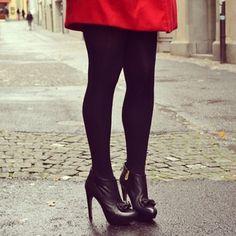 A Day in November #bow #bowheels #platformheels #booties #navyboot #outfit