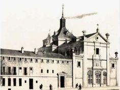 Palacio del Conde de Miranda desde el año 1757. A comienzos del siglo XIX fue derribada para construir un nuevo palacio, que sería conocido como la Casa de los Alfileres por formar parte de la dote de la duquesa de Abrantes. En esta famosa casa los inquilinos se sucedieron. La marquesa de Ariza; el francés Ouvrad, llegado a Madrid con las tropas de Angoulème; ó Tatische, embajador de Rusia, ya en época de Fernando VII.
