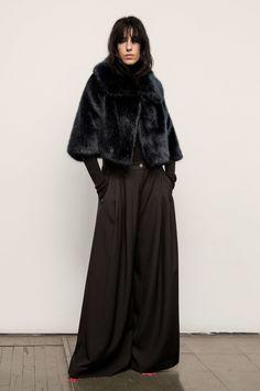 Nili Lotan Fall 2017 Ready-to-Wear Collection Photos - Vogue