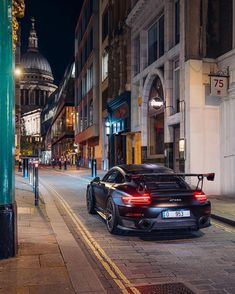Porsche 911 Gt2 Rs, Porsche Cars, Maclaren Cars, Ford Mustang Wallpaper, Lux Cars, Street Racing Cars, Engin, Best Luxury Cars, Car Photography