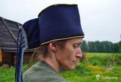 "Suomi headdress ""kaarihuntu"""