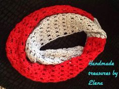 Twocoloured infinity scarf