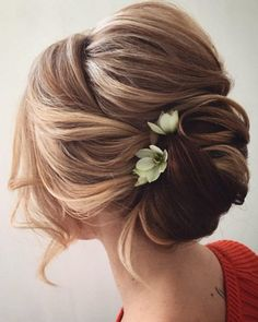 Lena Bogucharskaya Wedding Updo Hairstyles / http://www.deerpearlflowers.com/updo-hairstyles-for-special-occasion/4/