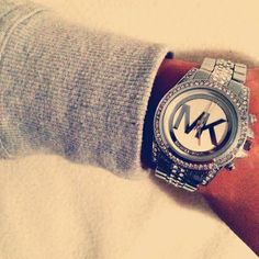 MICHAEL KORS Uhren • top Auswahl • American Chic • Service in ca. Outlet Metzingen • Gratisversand • Ihre MICHAEL KORS Uhr online kaufen bei OUTLETCITY.COM - http://www.outletcity.com/de/metzingen/marken-outlet-michael-kors/ Vergleichen und bestellen Sie Michael Kors Uhren online. #MichaelKorsUhren #MichaelKors #MichaelKorsWatch
