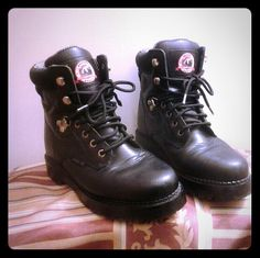Brahma steel toe boots - women Oil resistant, like new, bought as motorcycle riding boots, wore on one trip Brahma Shoes Lace Up Boots