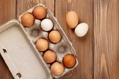 Are Organic Eggs More Nutritious Than Non-Organic Ones? Testosterone Boosting Foods, Boost Testosterone, Non Organic, Organic Eggs, All Natural Vitamins, Clean Eating, Healthy Eating, Brown Eggs, Plant Paradox