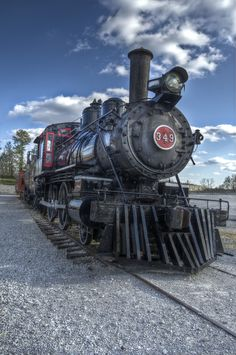 .*Beautiful day for a train ride~
