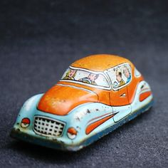 Let's Take A Vacation. Very Vintage Tin Toy Car. Reserved For Praveen
