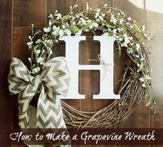 How to Make a Grapevine Wreath. #DIY #crafts #wreath #fall