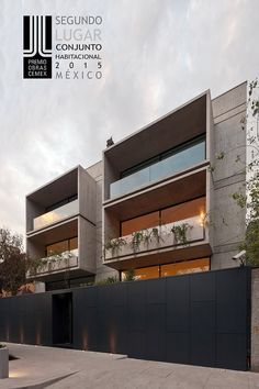 FRB Arquitectura Small Buildings, Modern Buildings, Facade Architecture, Residential Architecture, Modern Townhouse, Modern Architects, Balcony Design, Facade Design, Facade House
