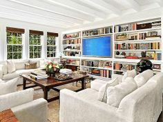 Hollywood Powerhouse Sandy Gallin Shifts His Talents to Interior Design : Architectural Digest Living Room Interior, Living Room Decor, Living Spaces, Wall Bookshelves, Built In Bookcase, Bookshelf Design, Bookcases, Architectural Digest, Hampton Mansion