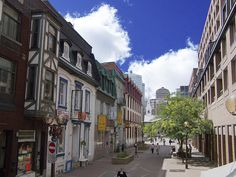 Old Montreal (Vieux Montreal), Canada Old Montreal, Montreal Quebec, Montreal Canada, Great Places, Places Ive Been, Dame Nature, Vacation Wishes, Parcs, Come And See