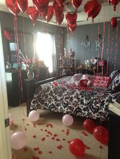 How to decorate a hotel room for boyfriend birthday - Romantic decorations for hotel rooms ...