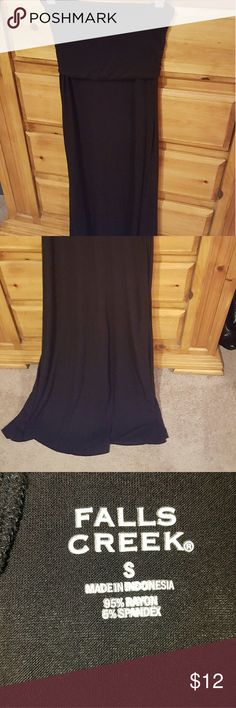 Convertible tube top/maxi skirt Never worn convertible tube top dress..or you can fold it down and wear it as a maxi skirt. It's a small and true to size. Very stretchy and would be a great for a bathing suit cover up. I'll try and get a better picture soon. falls creek Skirts Maxi