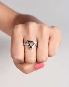 Triangle Outline Ring