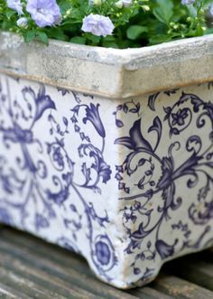Planters and Pots of Note on Pinterest | Chinoiserie Chic, Planters a…