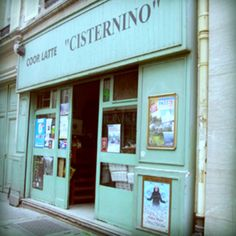 The Cooperative latte cisternino. One of the best kept secrets in Paris ! It's a micro-boutique where the sales person barely speaks French and where one finds products directly from a dairy farm in Italy ! They have pasta like one finds nowhere else, charcuterie, cheese, antipasti… I often go there to buy Burrata di Bufala, the best (and the least expensive) in Paris !