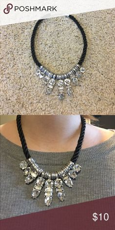 ✨NEW LISTING✨ statement necklace Statement necklace with black braided rope-like chain and silver gem details Forever 21 Jewelry Necklaces