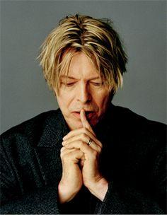 Masayoshi Sukita: David Bowie - Slow Burn