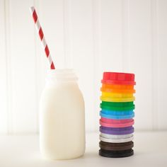 Darling plastic milk bottles...pick your lid color!!  #milk #bottles #colors #petitepartystudio