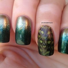See how nail art pros are making fresh designs with all kinds of nail polish and beauty supplies. Learn how to paint your fingernails with style on a french manicure Sparkle Nails, Glam Nails, Beauty Nails, Toe Nail Art, Toe Nails, Gel Nail Tutorial, Feather Nails, Makeup Magazine, Makeup To Buy