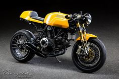Ducati Sport Classic Cafe Racer - Photo by Tangcla.com #motorcycles #caferacer #motos | caferacerpasion.com