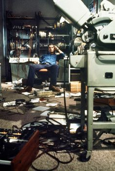 Blow Out (1981) by Brian De Palma with John Travolta, Nancy Allen, John Lithgow, Dennis Franz...