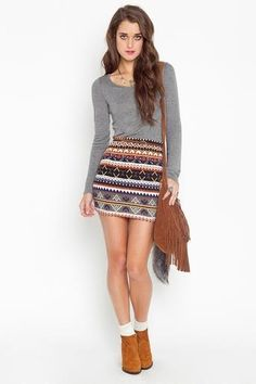 Ahhh, that skirt needs to make its way into my closet now :)