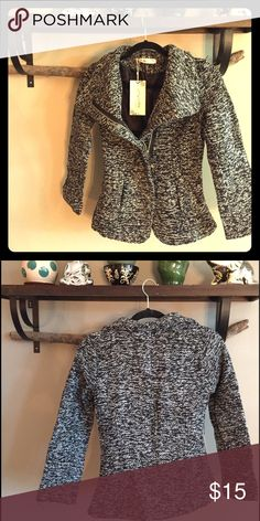 New with tags! Tweed zip up blazer Embrace brisk nights with an attractive tweed blazer. Half zipper is appealing as a lighter jacket. Jackets & Coats Blazers