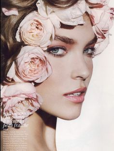 Pink roses in your ❤hair