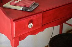 home made painted table with annie sloan chalk paint emperior silk