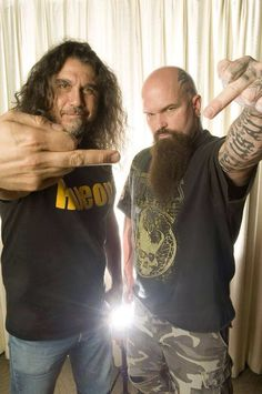 Tom Araya and Kerry King Rock And Roll Bands, Rock Bands, Rock N Roll, Metal On Metal, Heavy Metal Music, Music Pics, Music Photo, Tom Araya, Reign In Blood