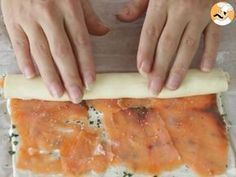 Salmon and basil aperitif puff pastry rolls – preparation step 5 Garlic Cheese Bread, Seafood Appetizers, Snacks, Crepes, Finger Foods, Entrees, Brunch, Food And Drink, Jars