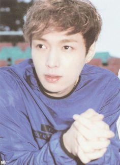Exo-Lay so cute!!