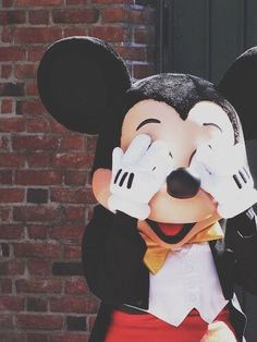 Why so cute Mickey Mouse my favorite cartoon when I was a child