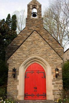 The #EpiscopalChurch of #Gatlinburg in the #SmokyMountains …