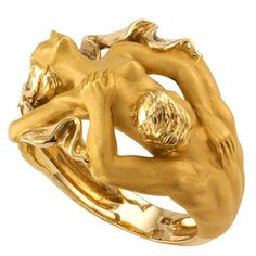 Carrera y Carrera Gold Figural Ring