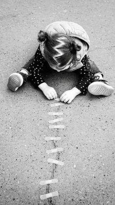 Black White Photos, Black N White, Black And White Photography, Creative Photography, Children Photography, Jolie Photo, Beautiful Children, Great Photos, Life Is Beautiful