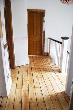 Complete DIY guide to sanding wooden floorboards yourself. Sanding Wood Floors, Pine Wood Flooring, Hallway Flooring, Pine Floors, Diy Flooring, Timber Flooring, Bedroom Flooring, Hardwood Floors, Reclaimed Hardwood Flooring