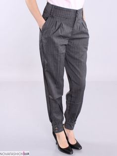 Cigratte Pants, Cute Pants, Trousers, Jodhpur, Trouser Suits, Baby Girl Fashion, Feminine Style, Fashion Pants, Blue Jeans