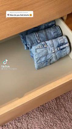 Home Organization Hacks, Closet Organization, Clothing Organization, Organizing, Household Cleaning Tips, House Cleaning Tips, Simple Life Hacks, Useful Life Hacks, Diy Clothes Life Hacks